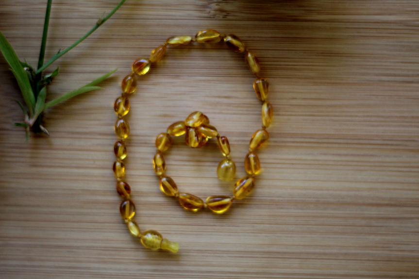 Amber necklace.png